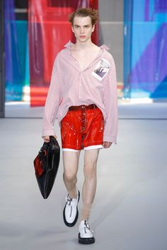 No. 21 Spring 2019 Menswear Fashion Show Collection: See the complete No. 21 Spring 2019 Menswear collection. Look 9