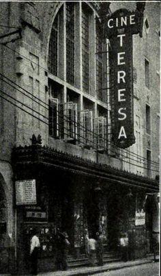 Cine Teresa, ubicado sobre el Eje Central en la zona centro de la Ciudad de México. Hoy es ocupado por una plaza comercial dedicada a la electronica y telefonía digital.
