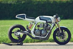 Honda CB900F by Chappell Customs
