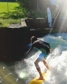 Surfing in Salzburg?  you can do so at the Standing Wave at Almkanal just outside the city   #visitsalzburg #view #salzburgcard #salisburgo #salzburg #salzburgo #castle #fortress #hohensalzburg #europe #austria #österreich #feelaustria #wanderlust #doyoutravel #travellife #travelphotography #history #culture #sunset #sunsetlovers #sunriselovers #evening #surfing #surf #action #weekender #view #citylife #bridge City Life, Weekender, You Can Do, Austria, The Outsiders, Tourism, Sunrise, Travel Photography, Salzburg