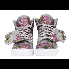 new product 6d403 8c07e ... excellent condition Jeremy Scott Wings. Will for Women size More pics  to come. Comes with original box Jeremy Scott Shoes Sneakers
