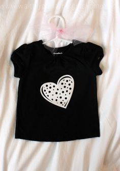 Trendy T-Shirts are a cinch with via Wait Til Your Father Gets Home Cricut Air, Iron On Vinyl, T Shirt Diy, You Are The Father, Toddler Fashion, Shirt Ideas, Stencils, Super Cute, T Shirts For Women