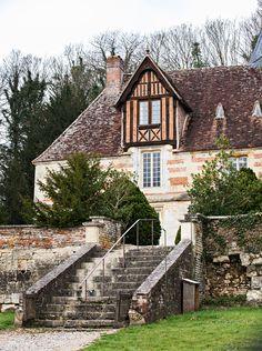 Lisieux'n lähellä sijaitsevan Domaine Saint Hippolyten päärakennus on idyllinen…