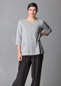 Solid-colored top in eco-cotton – Eco-cotton – GUDRUN SJÖDÉN – Webshop, mail order and boutiques | Colorful clothes and home textiles in natural materials.
