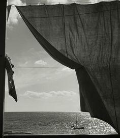 Herbert List - At the Mediterranean sea, Liguria, 1936. S)