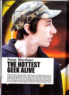 FRONT magazine vol 8