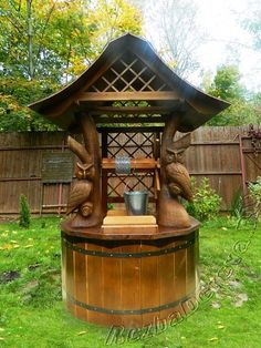 Колодец Pond Design, Garden Landscape Design, Outdoor Projects, Wood Projects, Outdoor Decor, Wood Carving Art, Water Well, Pattern Images, Wishing Well