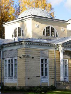 Le Pavillon des Roses - Pavlovsk - Construit en Bois par l'architecte Andreï Voronikhin en 1807.