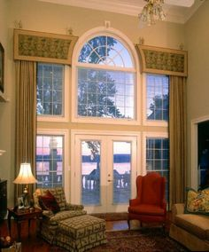 Having window treatments for large windows is a must if you want to make your big size windows become swanky hint for the whole interior decoration. Tall Window Treatments, Window Coverings, Tall Windows, Arched Windows, Palladian Window, Drapery Designs, Drapery Ideas, Curtain Ideas, D House