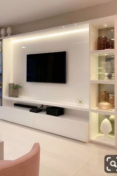 Feature Wall Living Room, Living Room Wall Units, Home Design Living Room, Living Room Decor, Living Room Tv Unit Designs, Living Rooms, Modern Tv Room, Dream House Interior, Luxurious Bedrooms