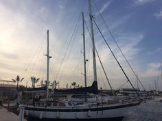 Así despedimos el mes de octubre con esta foto de nuestro puerto que nos mandó S/y Faraway - wiatr, woda, wakacje.  #Puerto #PuertoMarinaSalinas #MarinaSalinas #Torrevieja #Alicante #Barcos #Mar #Mediterráneo #PuertoDeportivo