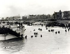 Normandy Landing View looking east along 'Nan White' Beach, showing personnel of the Canadian Infantry Brigade landing from LCI(L) 299 of the Canadian RN) Flotilla on D-Day.(photo by G. Milne, courtesy Library and Archives Canada, Canadian Soldiers, Canadian Army, Canadian History, American History, D Day Normandy, Normandy Beach, Normandy France, Churchill, Portsmouth