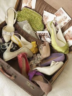 Suitcase full of lovelies (via BHLDN) #display #dressing_room #shoes