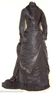 Lovely mourning gown.  (I want this gown badly)