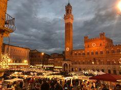 Aria di festa in Piazza del  Campo #waitingforChristmas