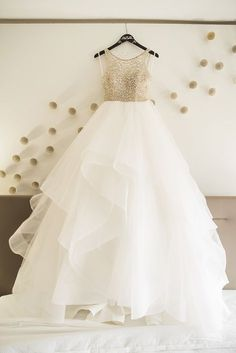 Dori gown by Hayley Paige | Starfish Studios