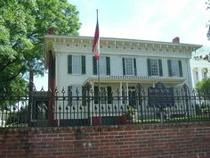 Little White House of the Confederacy, Montgomery, Alabama: History lies here.