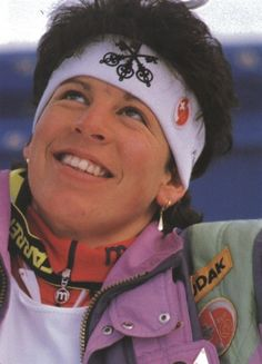 Unsere Vreni war eine der besten Ski-Rennfahrerinnen der 80er. Schön waren die Zeiten, snifff:-)