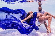 This Woman Did Her Maternity Photo Shoot Underwater And It's So Extra