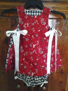 Boutique Style Alabama Crimson Tide Game Day 2 piece Set Baby Girls. $45.00, via Etsy.