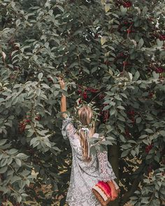 I am just a girl standing in front of a cherry tree asking it to feed me forever.  . . #the_folknature #liveauthentic #neverstopexploring #humaneffect #exklusive_shot #lifeofadventures #awakethesoul #pnwwonderland #cherrytree #artofvisuals #bohemianfashion #bohofashion #bohemianlifestyle #optoutside #wildernessculture #folkgreen #poeplecreatives #moodygrams #main_vision #exploretocreate #still_life_gallery #tv_living #whpjourney #americanstyle #wearetravelgirls #sheisnotlost #polishgirl…
