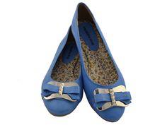 Sapatilha Couro Azul Laço com palmilha especial, apenas R$109.90 + frete grátis! Para verificar a numeração e efetuar a compra é só entrar em contato pelo e-mail: vendas@sapatilhashop.com.br