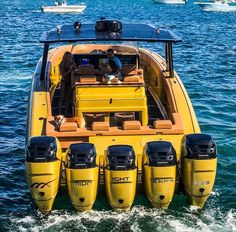 Great shot of the Midnight Express Open Quint in all gold! with the stellar 📷 work. Fast Boats, Cool Boats, Speed Boats, Power Boats, Midnight Express, Offshore Boats, Center Console Boats, Ski Boats, Boat Stuff