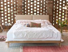 eichenbett holzbett mit gepolsterter ruckenlehne i ellenberger ellenberger ranke eiche massiv schlafzimmer