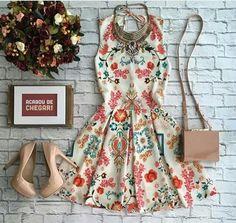 Look vestido estampado