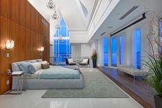 interiores modernos, com tectos abobadados