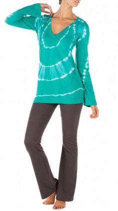 This is my style, yoga pants and a long sleeve top!
