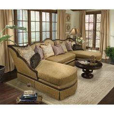 Benetti's Giovanna Sectional Sofa GiovannaSectional
