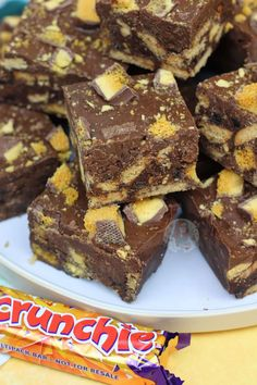 A No-Bake Chocolatey, Honeycomb Crunchie Tiffin that you'll want to make again and again! So as time has passed, I have realised that I have. Tray Bake Recipes, Baking Recipes, Dessert Recipes, Baking Ideas, Mincemeat Bars Recipe, Chocolate Traybake, Chocolate Cake, Chocolate Biscuits, Goodies