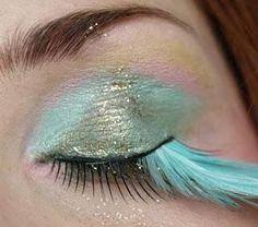 DIY Halloween Makeup : Feather Fairy