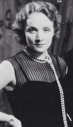 """meinthefifties:   Marlene Dietrich in """"Morocco""""... - Les Années Elégantes"""