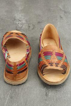 7fc62ef1b2af5c 18 Best Women s Mexican Huaraches Leather Footwear artesanoslaraza ...