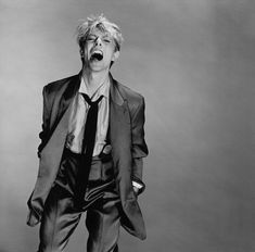 See the latest images for David Bowie. Listen to David Bowie tracks for free online and get recommendations on similar music. Ziggy Stardust, Lady Stardust, Dorian Gray, Freddie Mercury, The Thin White Duke, Black And White, Mayor Tom, Beautiful Men, Beautiful People