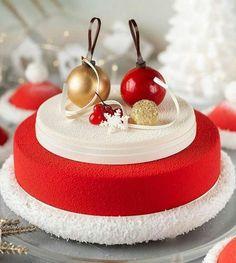 ... Christmas Log, Christmas Ornaments, Love Cake, Deserts, Holiday Decor, Food, Christmas Yule Log, Yule Log, Christmas Jewelry