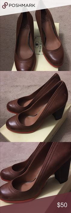 Lucky Brand Bourbon Winter Haze heel Cognac colored heel with a orange sole. The heel is about 3 inches. The shoe is cute and comfortable. Worn maybe 3 times. Lucky Brand Shoes Heels