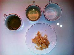 Τα Μυστικά της Παν..ωραίας: Φυσική κρέμα προσώπου από τα χεράκια μου με ροδόνερο και κερί μέλισσας! Δείτε πως να την φτιάξετε. Kitchen Stories, Cream, Breakfast, Ethnic Recipes, Desserts, Food, Posts, Creme Caramel, Morning Coffee