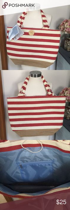 🌼NWT stripe tote 🌼NWT stripe oversized tote. Bag does not include items listed on tag Elizabeth Arden Bags Totes