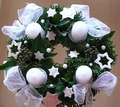 Adventní věnec 2009 Christmas Crafts, Christmas Decorations, Holidays And Events, Wreaths, Winter, Design, Christmas Candles, Winter Time, Door Wreaths
