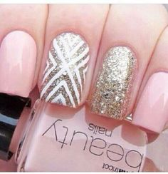 love the accent striped nail with the sparkles