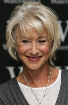 Helen Mirren Layered Razor Cut - Helen Mirren rocked a layered razor cut during her book signing in London. Helen Mirren Layered Razor Cut - Helen Mirren rocked a layered razor cut during her book signing in London. Hair Styles For Women Over 50, Short Hair Styles Easy, Short Hair With Layers, Short Hair Cuts For Women, Medium Hair Styles, Short Fine Hair Cuts, Short Hair Over 60, Curly Short, Over 60 Hairstyles