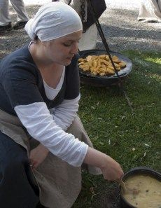 """Medieval Cooking Blog - One Year and Thousand Eggs - """"The challenge is that I will make food from Take a thousand eggs -book and post recipes and possible comments to this blog. There will be at least two blog entries per month and the challenge will last for one year."""""""