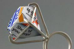 Joyas hechas con tarjetas de credito1