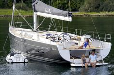 Hanse 575 Dinghy bay, wash down, swim platform