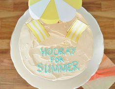 I want to host a pool party just so I can make these Beach Cake Toppers | Oh Happy Day!