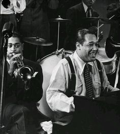 Duke Ellington & Dizzy Gillespie, 1943. Photo by Gjon Mili
