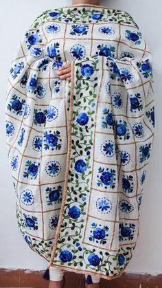 Chanderi Gota Check White and Blue Hand Embroidered Phulkari Dupatta Phulkari Embroidery, Hand Embroidery Dress, Silk Kurti Designs, Kurta Designs Women, Casual Indian Fashion, Women's Fashion, Latest Suit Design, Delft, Scarfs